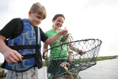 kids crabbing with bait binder